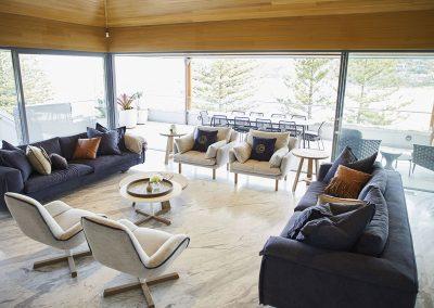 4 lounge view