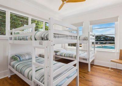 6 palmy bunk room