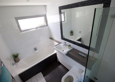 9 warriewood bathroom